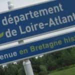 Bienvenue en Bretagne en breton.